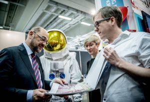 Ausstellung zum Wilhelm-Döschen-Preis mit Kanzlerkandidat Martin Schulz